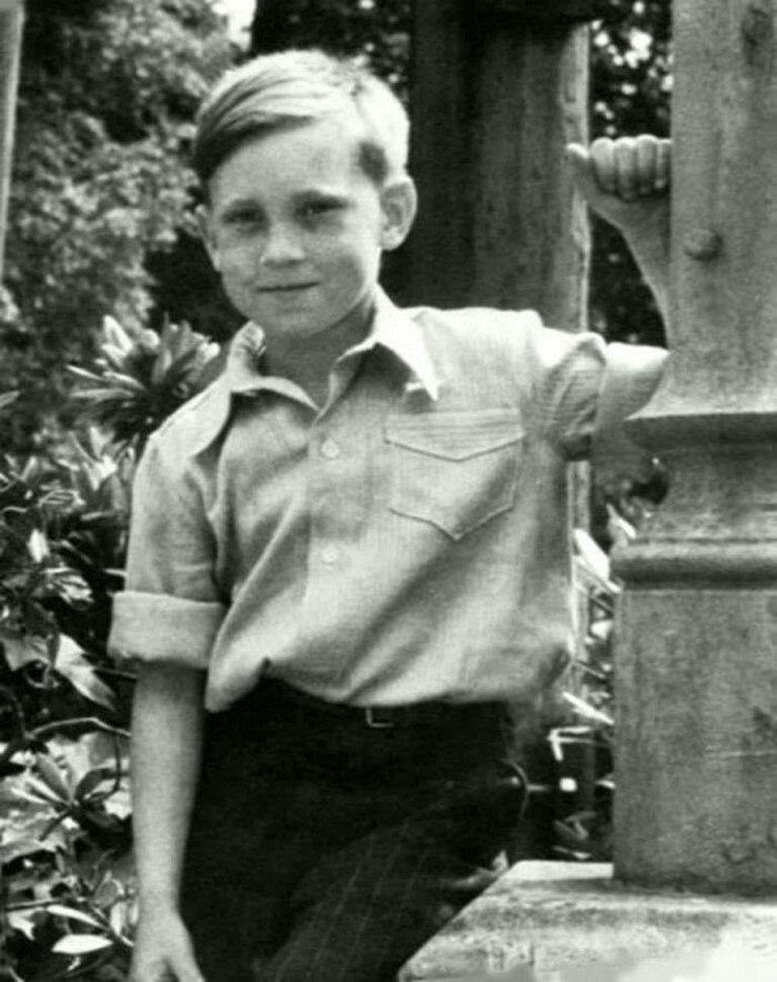 Будущая легенда на отдыхе Бард, Владимир Высоцкий, актер, знаменитости, интересно, певец, фото