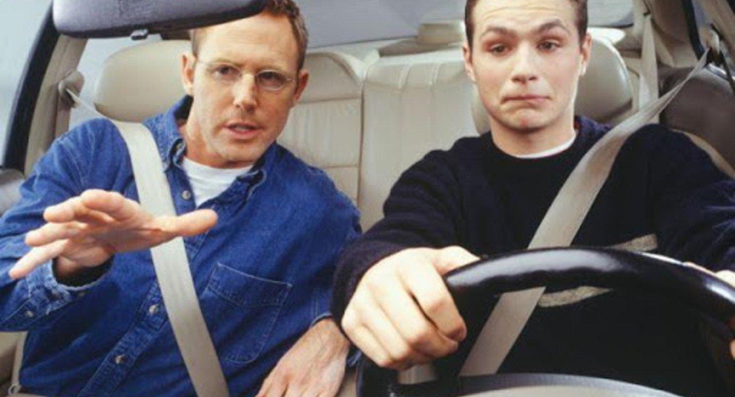 Навыки вождения, которые выдают опытного водителя Автомобили