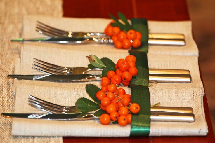 Зимние ягоды в новогоднем де…