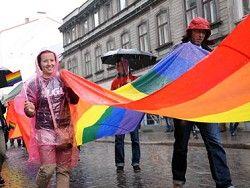 Латвии, возможно, придется легализовать однополые браки