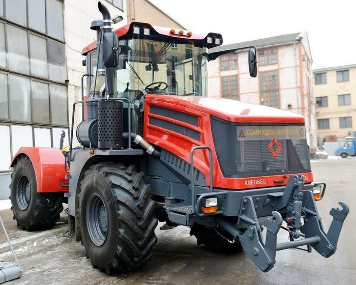 «Кирюша» вне конкуренции: трактор из РФ превосходит американский John Deere