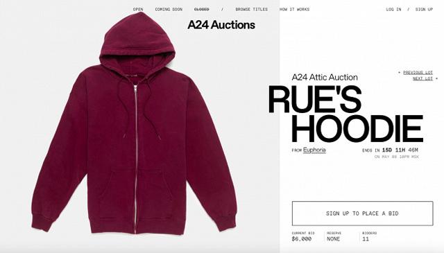 Модный дайджест: от web-съемки с обнаженной Беллой Хадид до звездных аукционов Новости моды