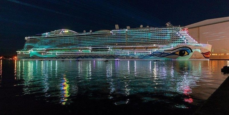 31 августа на судостроительной верфи Meyer Werft в немецком Папенбурге был спущен на воду крупнейший круизный лайнер корпорации Carnival AIDAnova, carnival, ynews, германия, корабль, лайнер, мир, новости