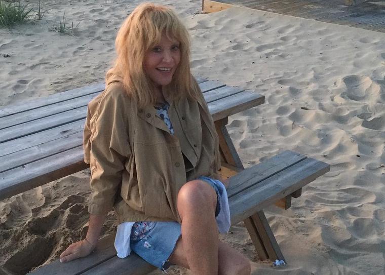 Пугачева с Галкиным и детьми улетели на Кипр за гражданством