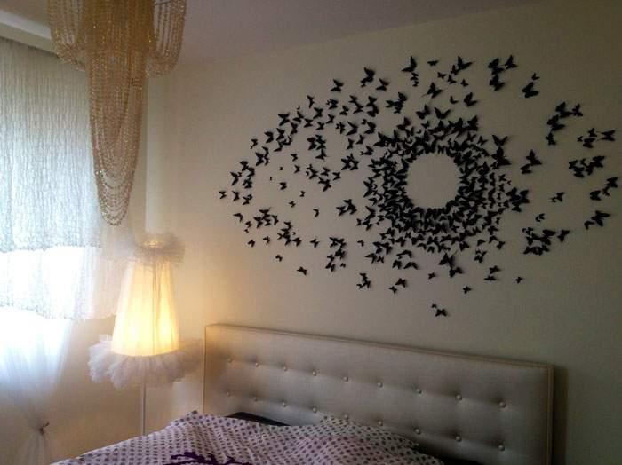 Декор бабочками на стене своими руками - фото в спальне