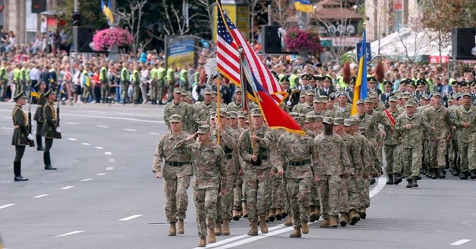 Американские солдаты на параде в Киеве, 2017 год militarytimes.com - $250 млн на усиление обороноспособности | Warspot.ru