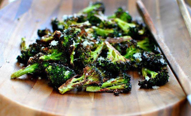 Запечённая капуста брокколи с сыром еда, овощи
