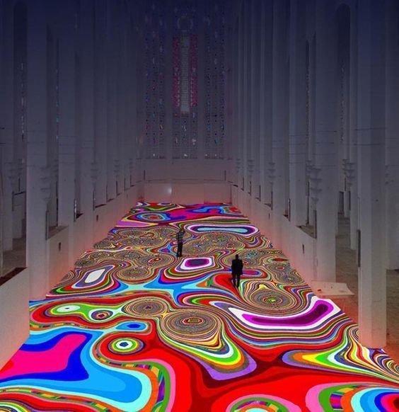 Цветной ковер, от которого режет глаза инсталляции, искусство, психоделика, сломай мозг, странное, художники