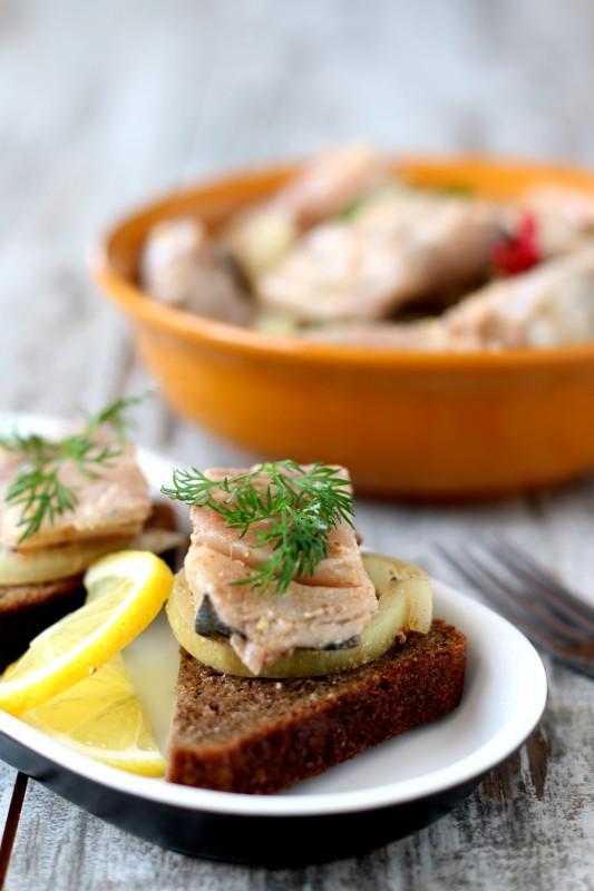 Маринованная скумбрия рыбные блюда
