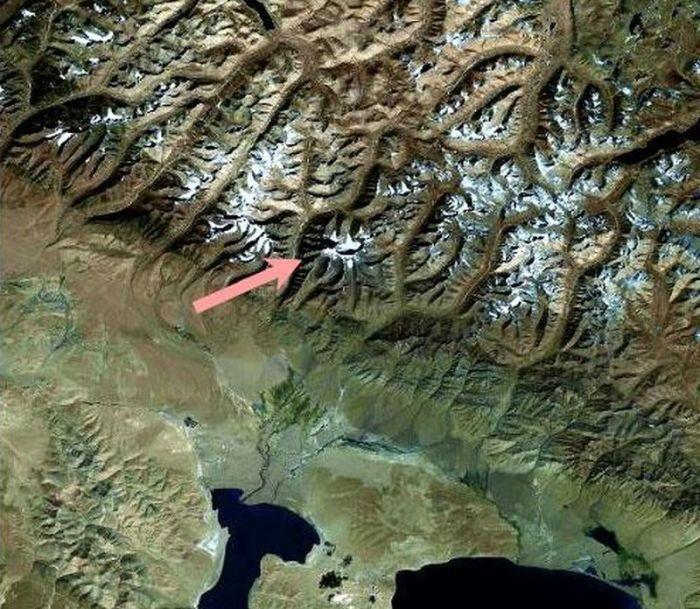 Фото Кайласа из космоса. / Фото: www.tibet.ru