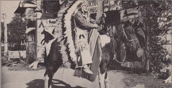 Среди индейцев Иван Даценко получил имя Пронзающий Огонь