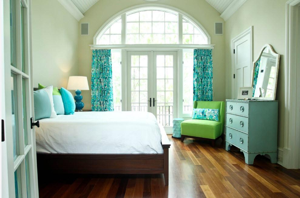Акценты для светлой спальни