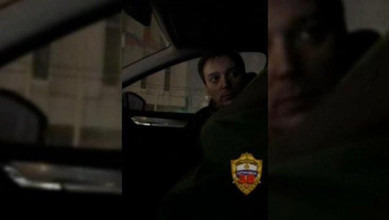"""""""Возьмите то, что я предлагаю"""" - пьяного водителя задержали за дачу взятки сотруднику ГИБДД"""