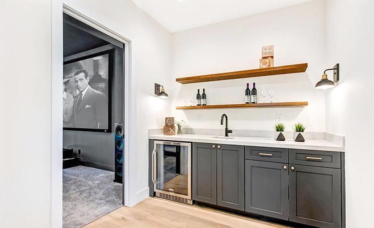В гостях у Майли Сайрус: экскурсия по ее новому дому в Хидден-Хилс Стиль жизни,Дома звезд
