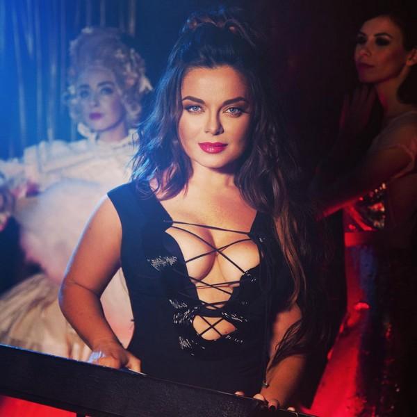 """Наташа Королева представила очень  откровенный клип на песню """"Не говори нет""""- видео"""
