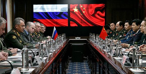 Переговоры министра обороны РФ Сергея Шойгу с министром обороны КНР Вэй Фэнхе