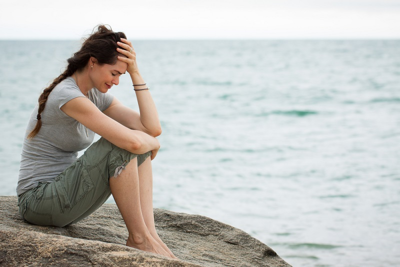 Открытки, картинки одинокие женщины