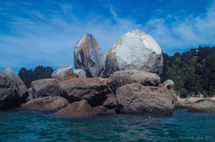 """12. """"Расколотое каменное яблоко"""", Новая Зеландия красота, мир, природа"""