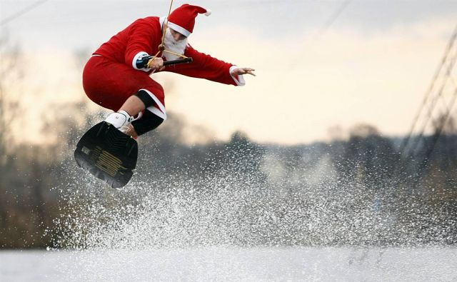 За тобою бегала, Дед Мороз…