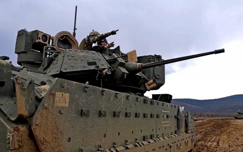 Пентагон перебросил тяжелую бронетехнику в район создания новой российской базы в Сирии Новости