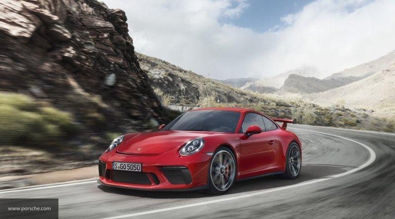 Porsche представил трековую новинку 718 Cayman GT4 Clubsport