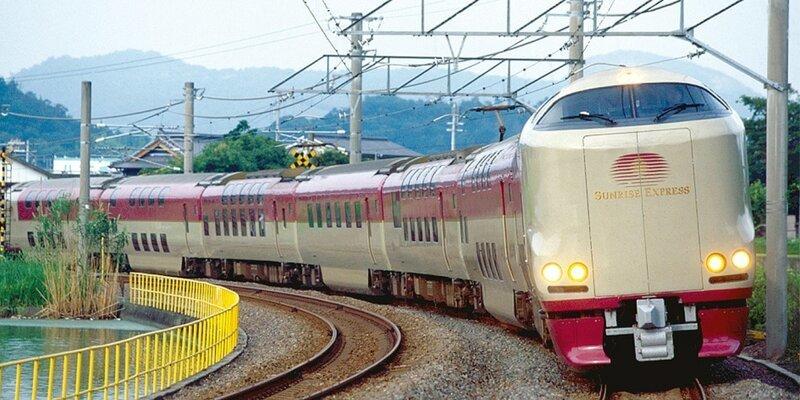 Японский поезд Sunrise Express предлагает своим пассажирам только спальные места в мире, комфорт, поезд, ретро, япония