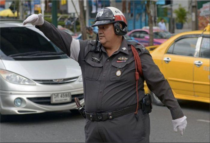 Полицейские, потерявшие физическую форму за годы службы