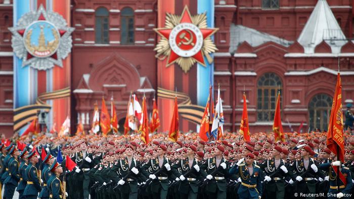Авантюра Венедиктова: на «Эхо Петербурга» не смогли договориться, нужен ли Парад Победы в 2020 году