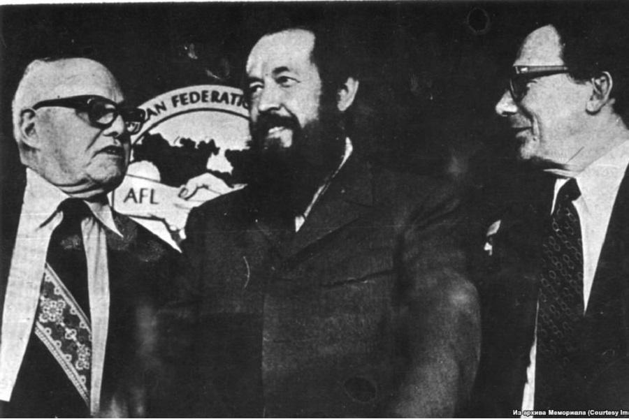 Историк: Солженицын — оружие…