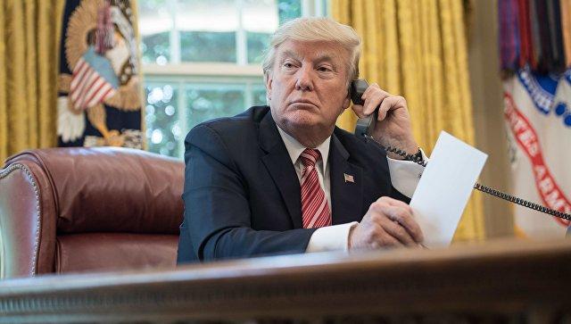 Трамп где-то нашел таблетку смелости