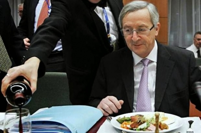 Глава Еврокомиссии Юнкер явился на саммит пьяным