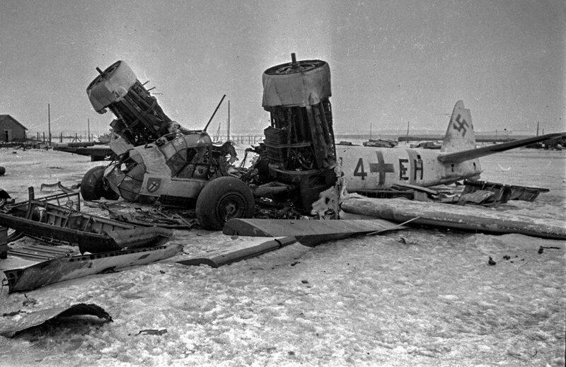 Останки Ju-88A из IV/KG1. Фото из архива Министерства Обороны РФ Великая Отечественная Война, архивные фотографии, вторая мировая война