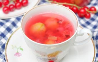 Летний ягодный компот
