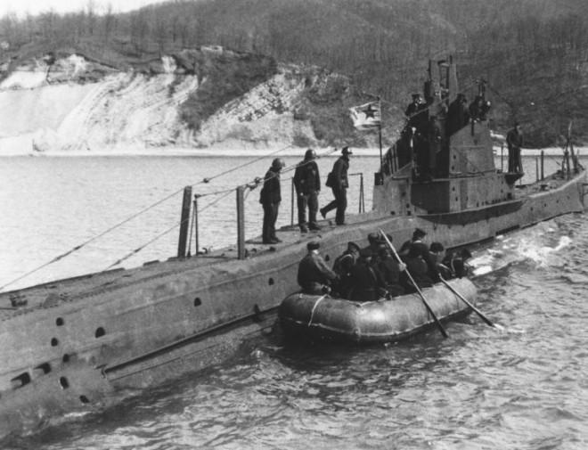 Как советские подводники сдавались в плен