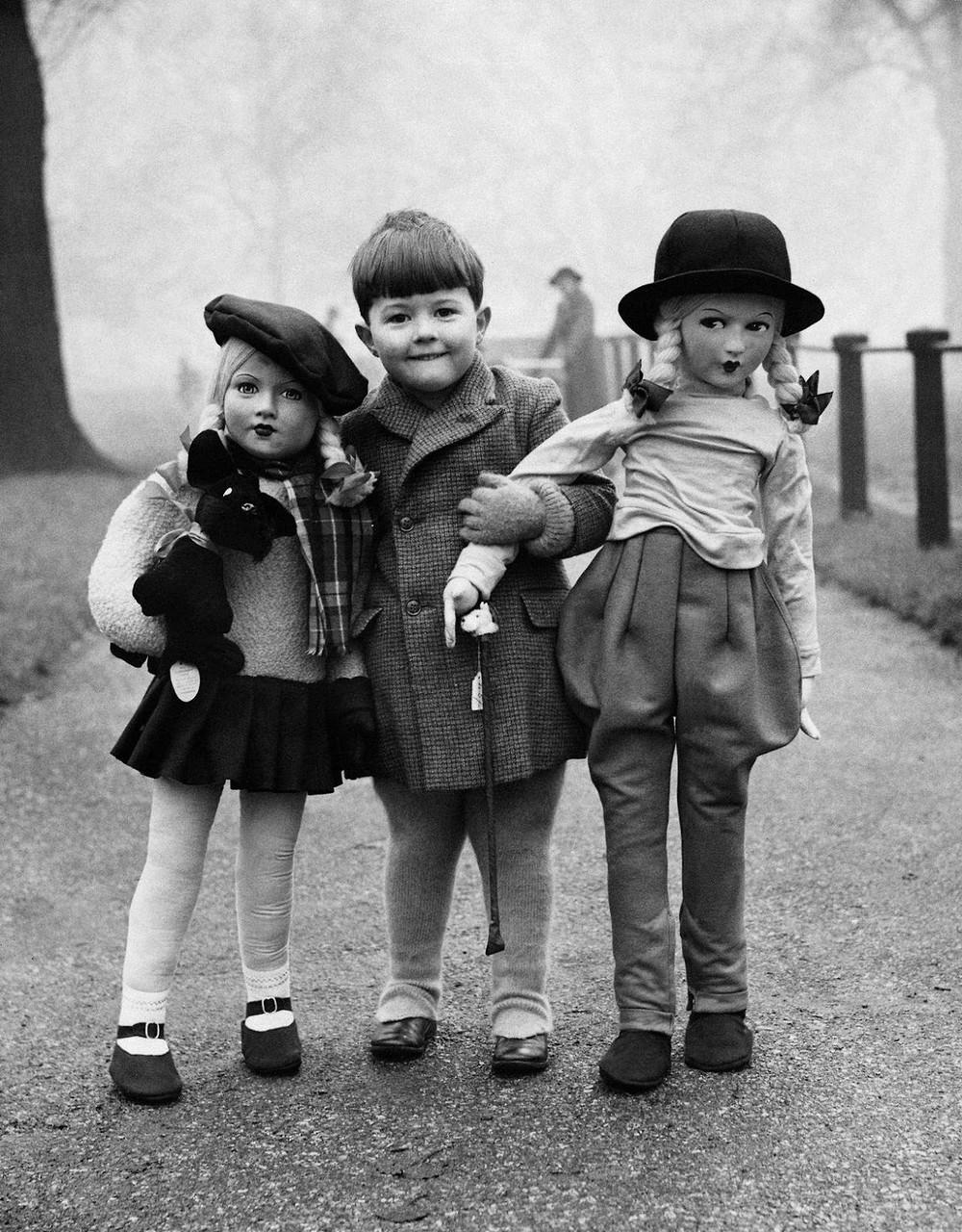 Дети картинки черно белые
