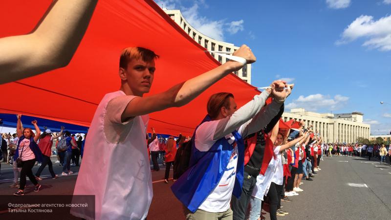 Герой России Бочаров поделился впечатлениями от праздничного митинга-концерта на Сахарова