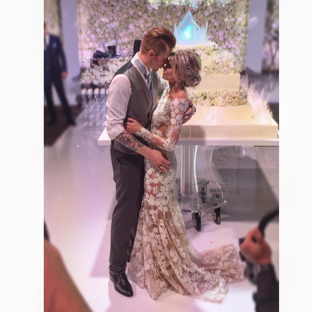 результате, свадьба никиты преснякова фотографии залить другой