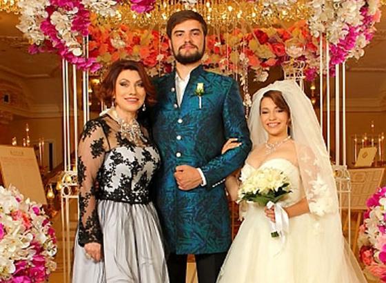 Роза Сябитова: «Зять жалуется, что моя дочка дура»