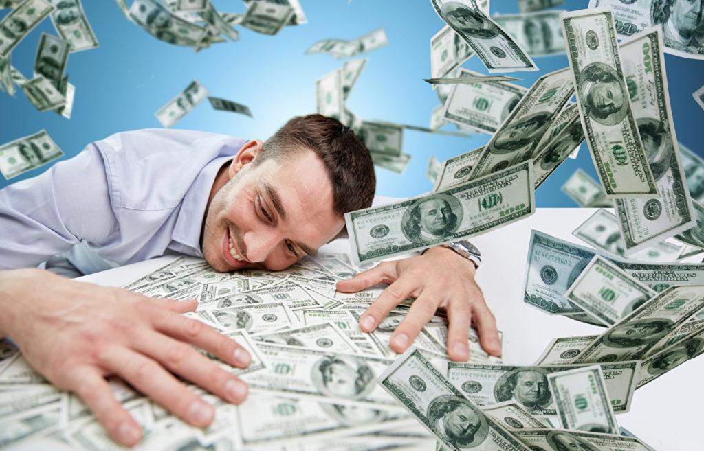 Купюры номиналом в 1 доллар могут в один миг сделать их обладателя миллионером
