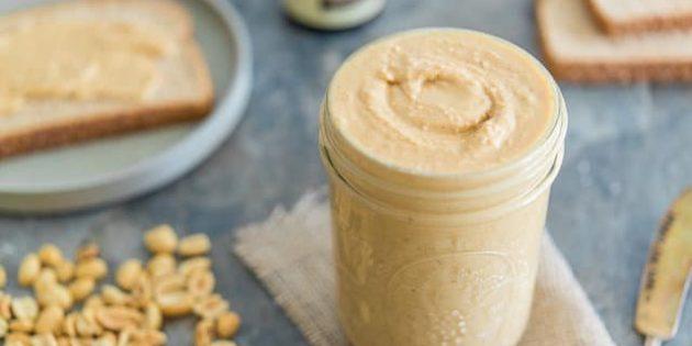 Рецепт: Белая шоколадная паста с солёным арахисом