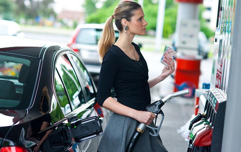 Заморозку цен на топливо продлили до конца июля курилка