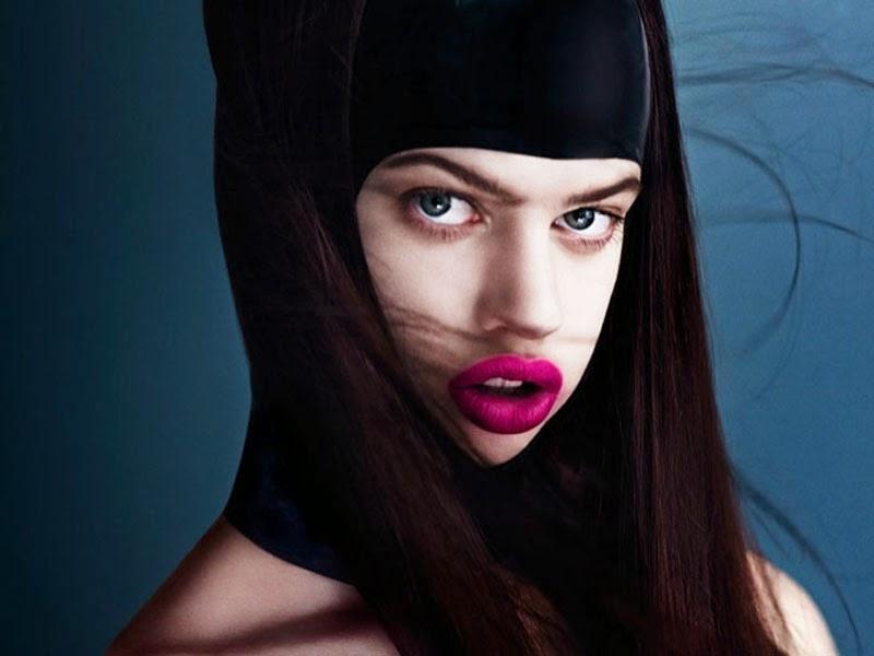 10 фото моделей, нестандартная внешность которых стала их визитной карточкой