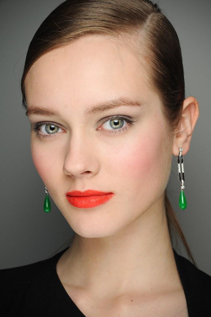 Бьюти-лайфхаки: как заполучить эффектные брови