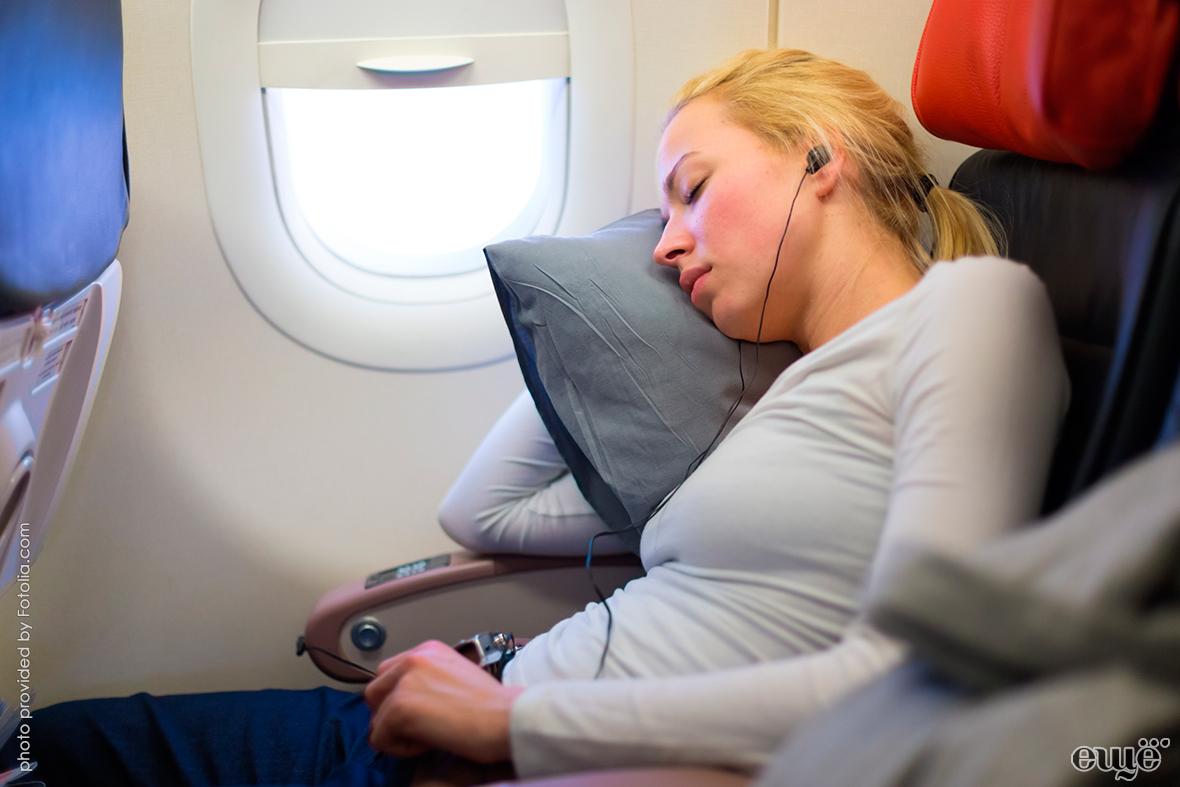 Как уснуть в самолёте — Eщё