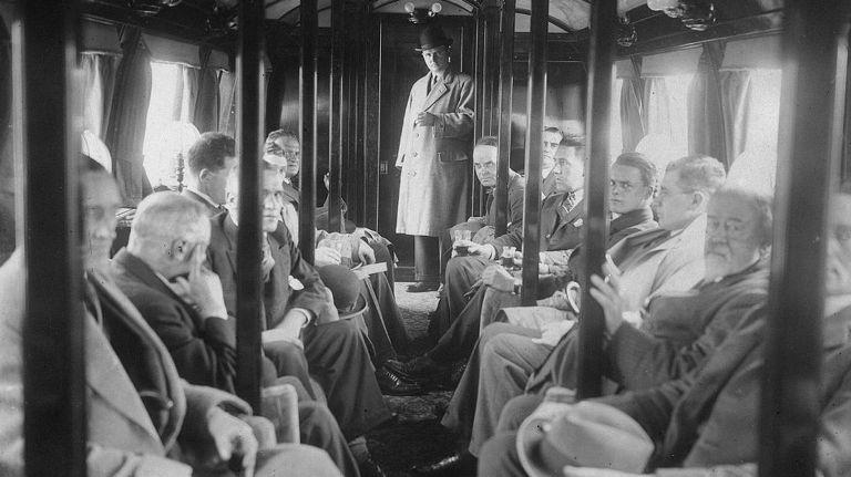 Задолго до Hyperloop: как поезда учились летать волшебство,инженер,инновация,история,купить поезд,поезд,проект,Пространство,рельсы,самолет,советский союз,СССР,Техника,шпалы