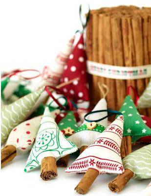 original Елка своими руками. 16 идей, как сделать новогоднюю поделку из подручных материалов