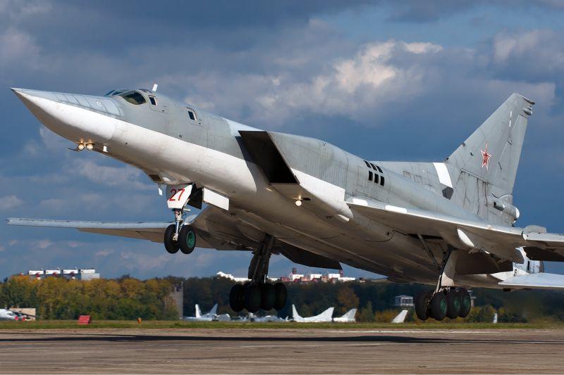 В ближайшее время в Крым вернутся самолеты Ту-22М3