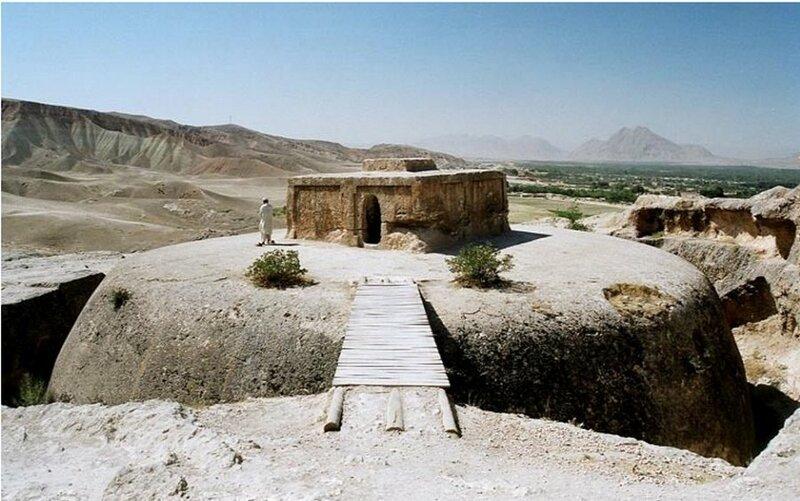 Тахт-э Рустам: впечатляющее свидетельство древнего мастерства Ступа, Тахт-э Рустам, в мире, красота, мастерство, удивительно, факты