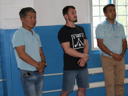 Известные бурятские борцы посетили СИЗО