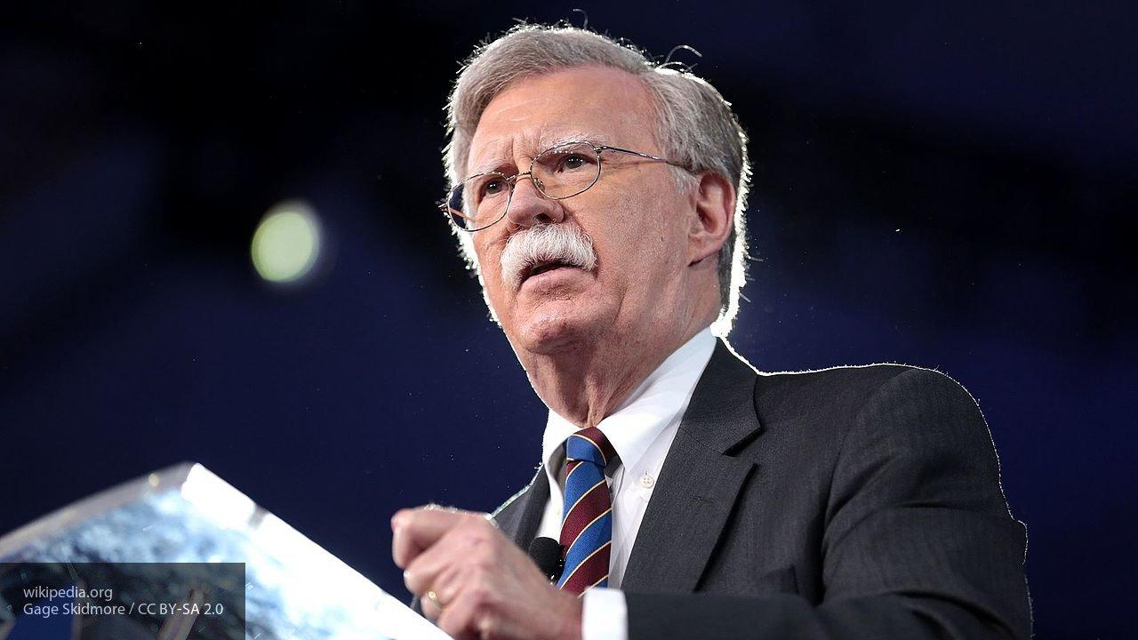 Болтон: все данные о вмешательстве Китая во внутренние дела США были засекречены